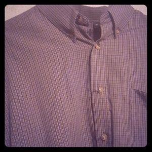 Men's long sleeve shirt button down